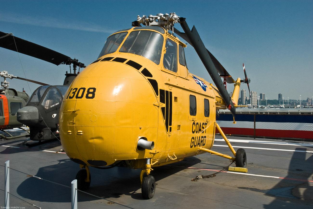 Личный вертолет-подводная лодка Джона Леннона.