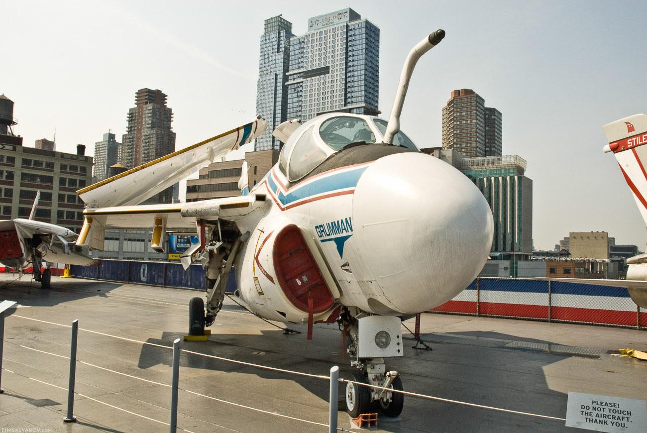 Не все самолеты грозные как выше, есть смешные.