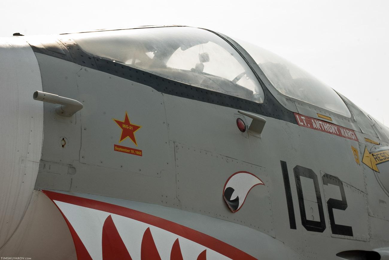 А на этом самолете, Лейтенант Энтони Нарги, 15ого сентября 1968 года сбил наш Миг-21. На симуляторе наверное :))