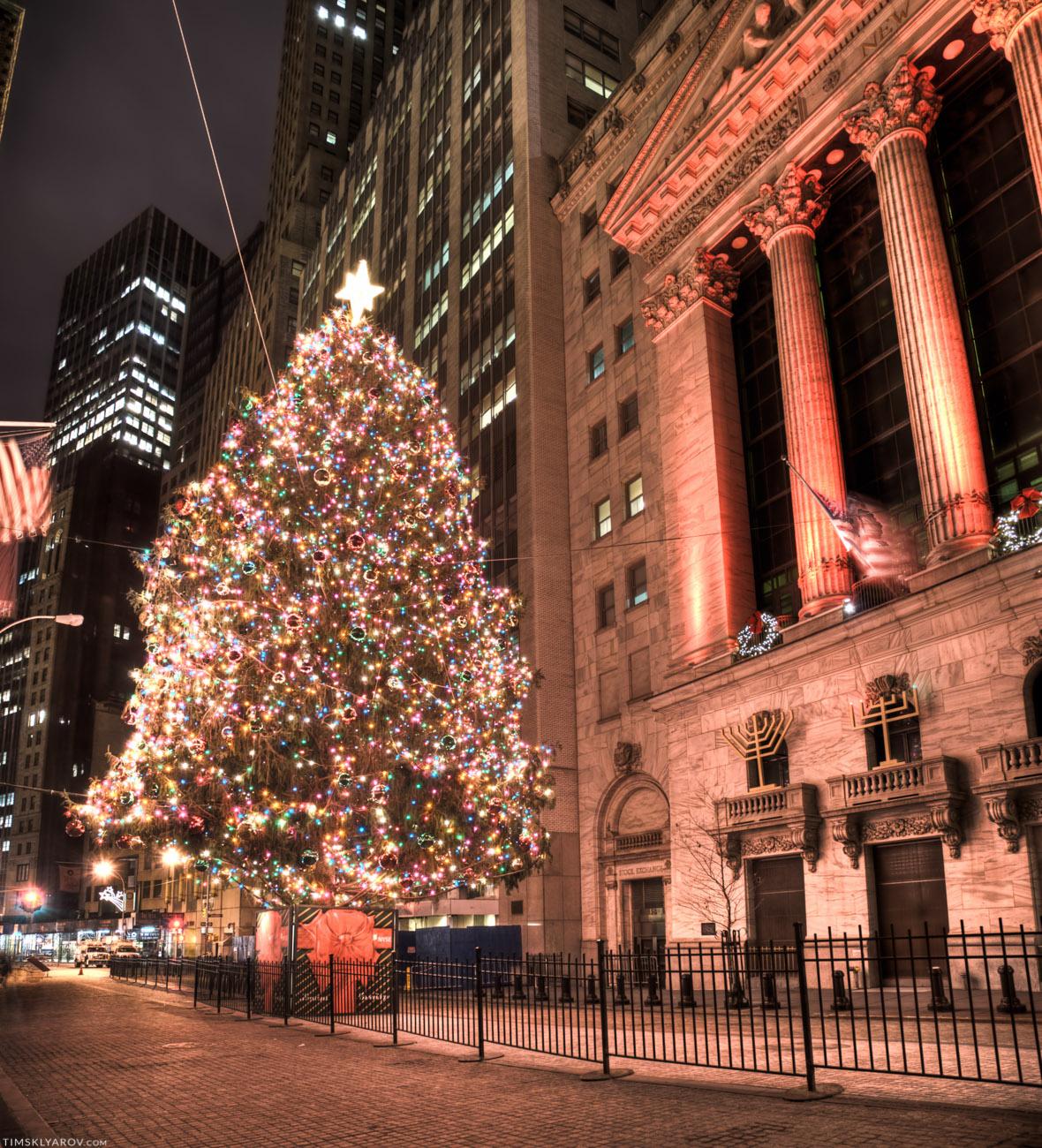 Рождественская елка на Wall Street.
