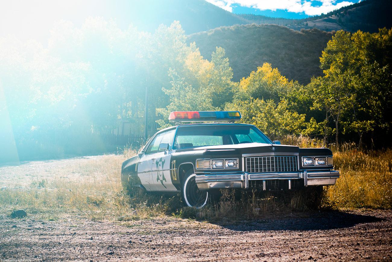 Это тачка шерифа. В Вайоминг я кстати не видел черных вообще. Это наверное потому, что как известно, белого шерифа проблемы черных не ебут.