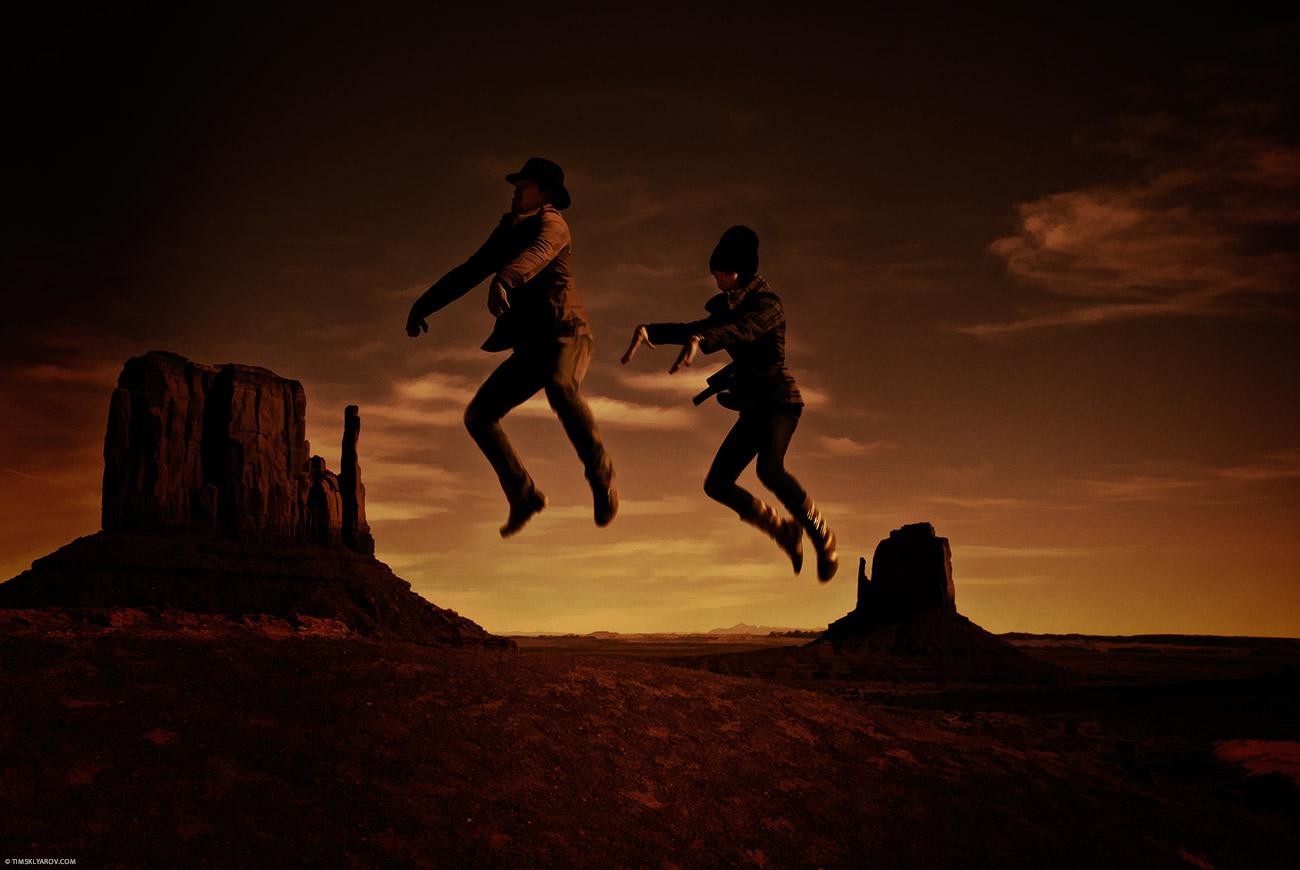 А это мы катаемся на всемирно известных невидимых лошадях индейцев племени Навахо.