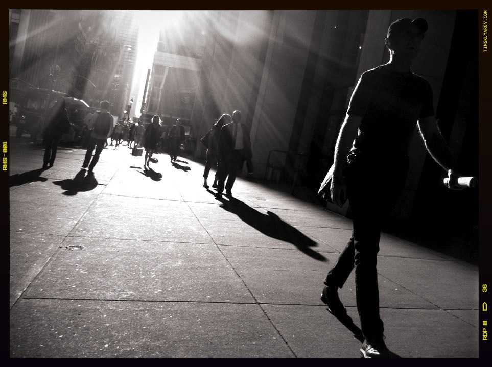 People-on-the-Streets-of-NYC_02