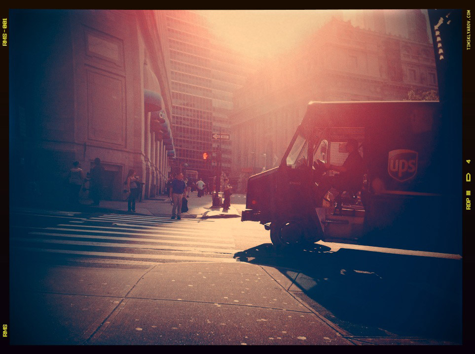 People-on-the-Streets-of-NYC_29